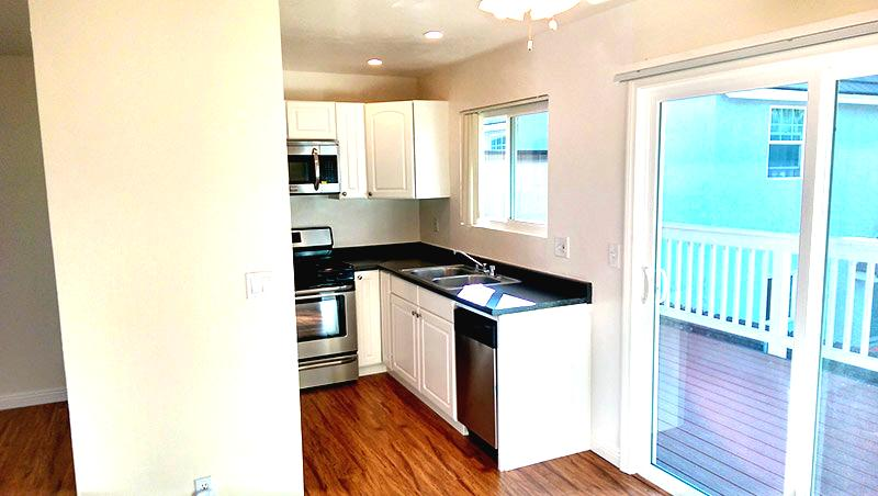 Upgraded Kitchens & Premium Laminate Flooring